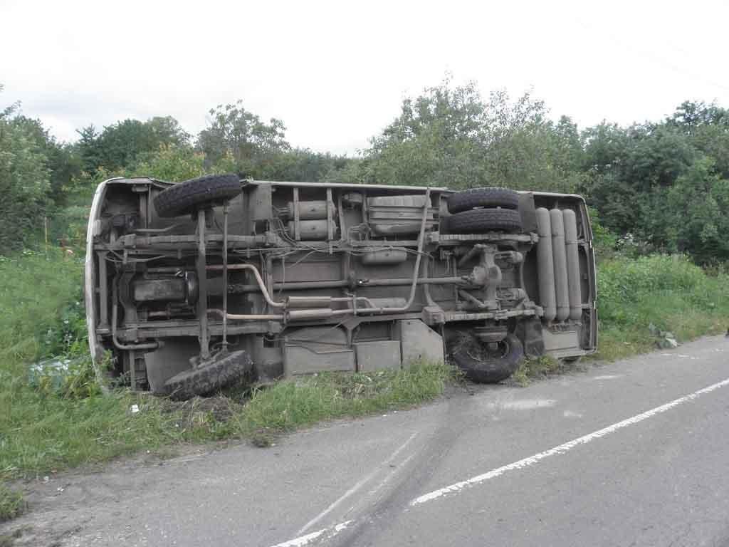 ДТП вПольше и18 пострадавших: новый автобус выехал забелорусами