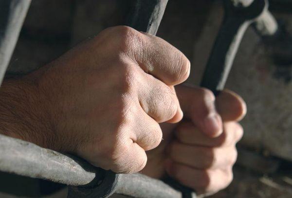 ВПрикамье заключенный взял взаложники девочку-подростка