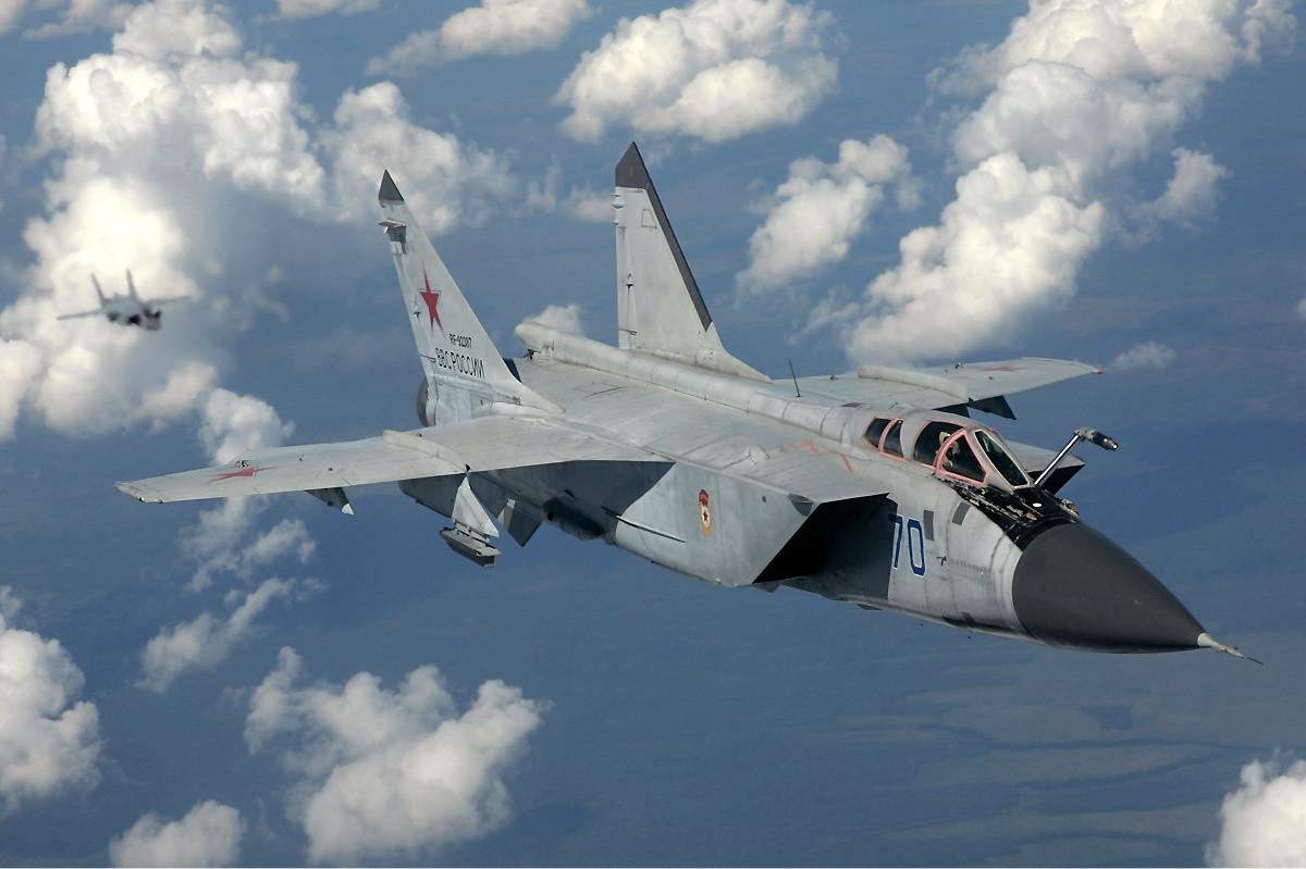 В РФ истребитель-перехватчик потерпел крушение