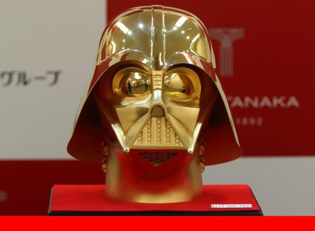 В Японии золотой шлем Дарта Вейдера выставят на продажу за $1,4 млн