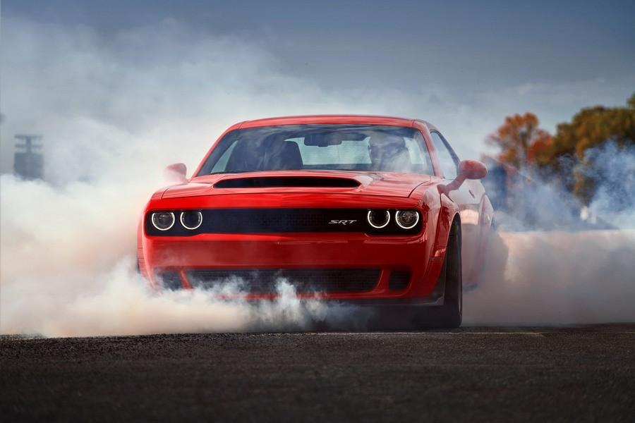 Купе Dodge Challenger SRT Demon могут запретить ездить пообычным дорогам