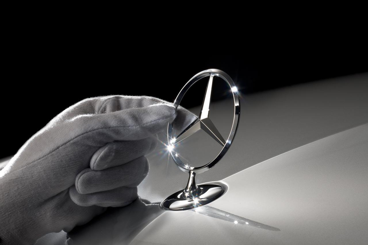 Daimler увеличила прогноз прибыли засчет роста продаж Mercedes