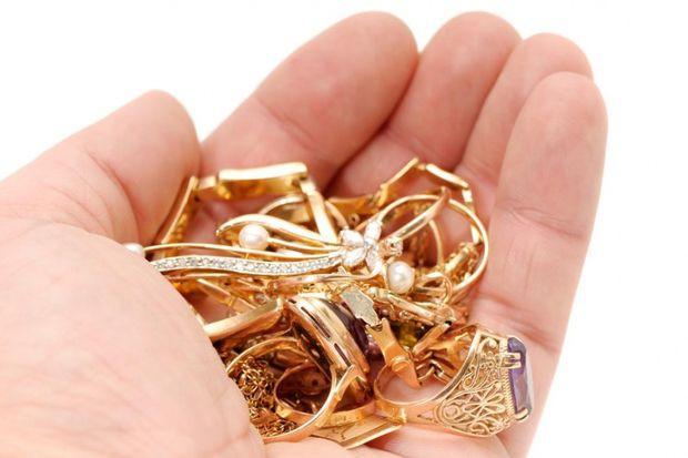 ВПятигорске задержали вора, укравшего золота наполмиллиона руб.