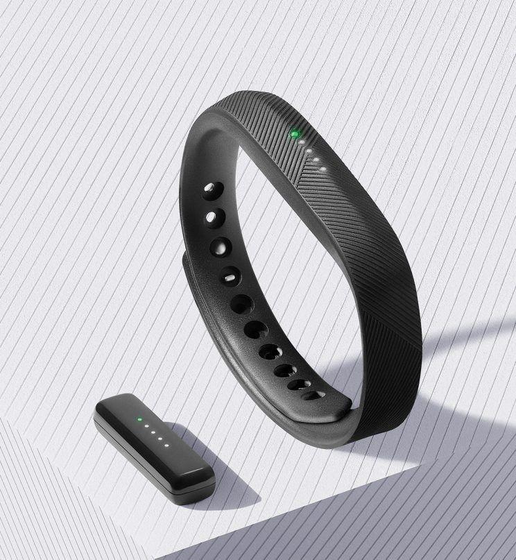 Браслет Fitbit Flex 2 взорвался наруке его владелицы