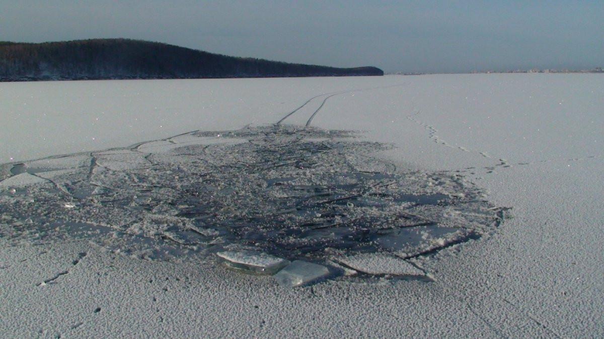 НаШпицбергене группа граждан России провалилась под лед