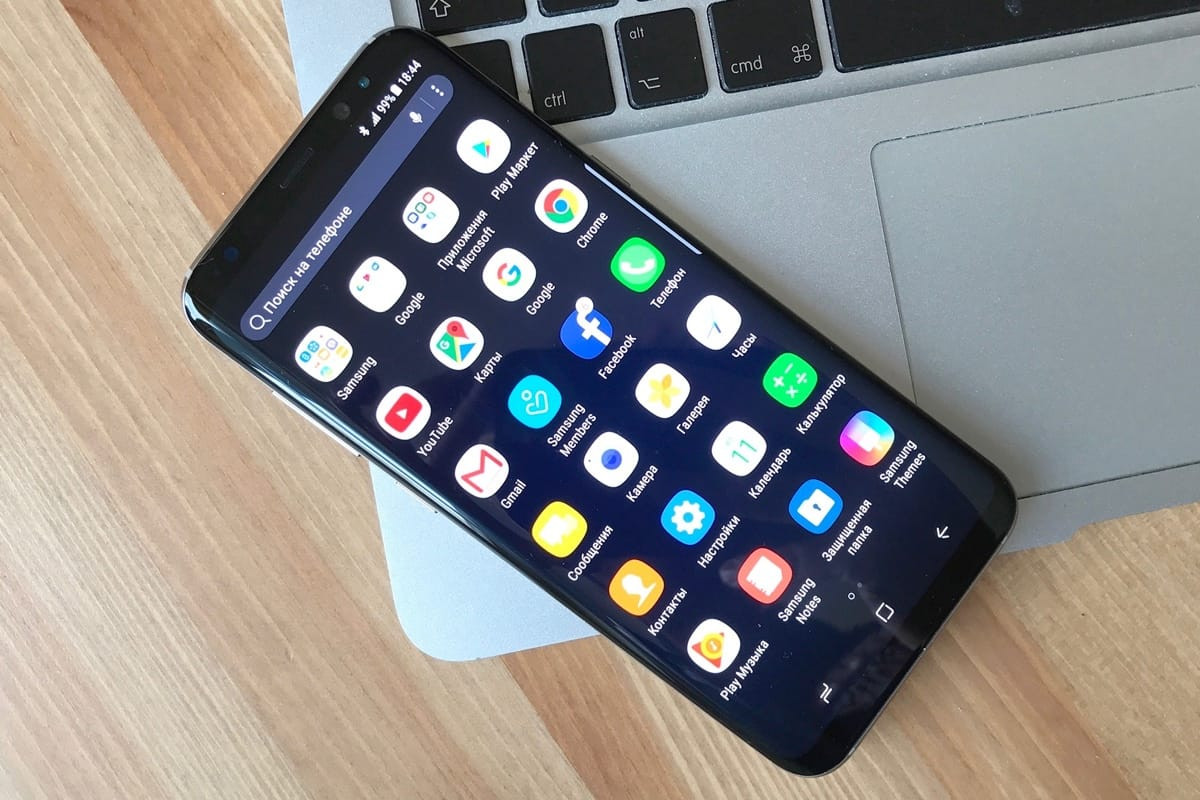 Samsung Galaxy S8 и S8+ поступил в продажу в России