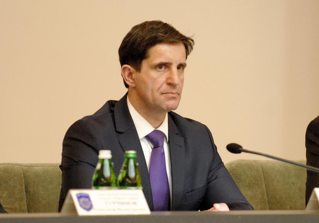 Руководитель МВД Украины призвал отказаться отгеоргиевских ленточек вДень Победы