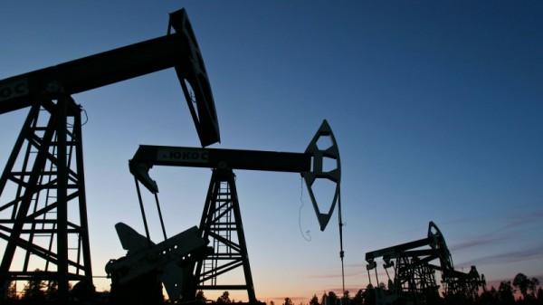С 1 апреля РФ понизила экспортную пошлину на нефть