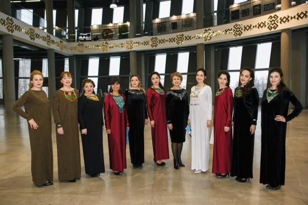 Саима Хасанова в Уфе вводит в моду башкирские украшения