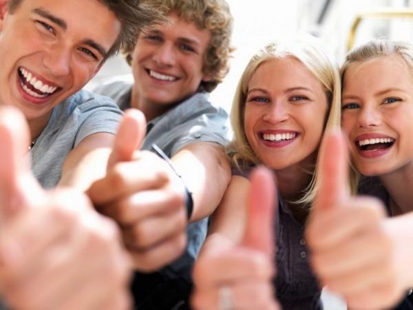 Ученые: Нагота делает человека счастливым