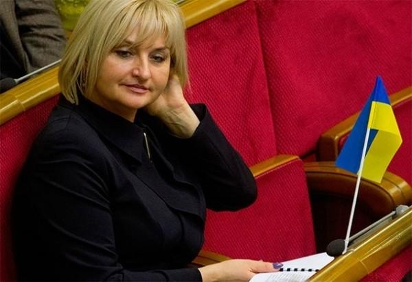 Супруга генпрокурора Украины стала представителем Порошенко в Верховной Раде