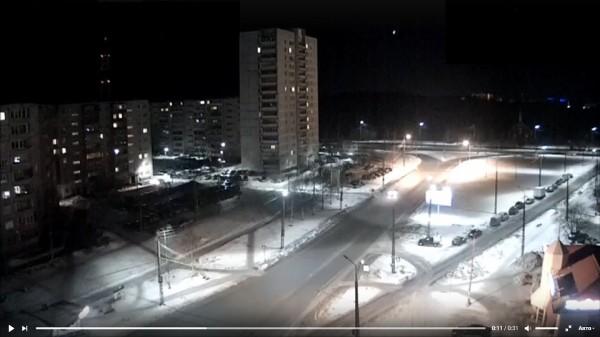 Пролетевший над Петрозаводском метеорит напугал жителей