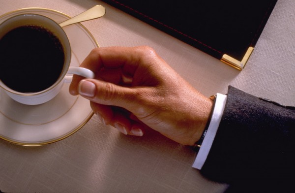 Ученые: Кофе способен изменить биологический ритм человека