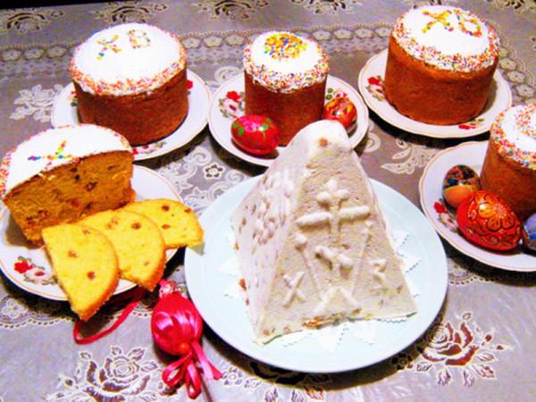 Перед пасхальными праздниками Роспотребнадзор настаивает на выборе качественных продуктов