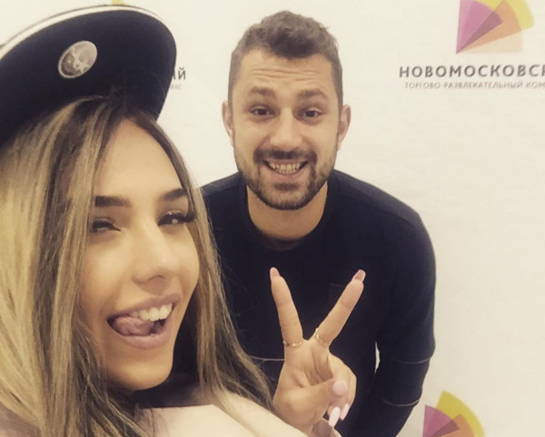 Скандал в «Доме-2»: Дарину Маркину вынуждают покинуть телешоу после секса на проекте