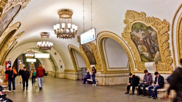 В Москве в ночь на Пасху метро и МЦК будут работать на час дольше