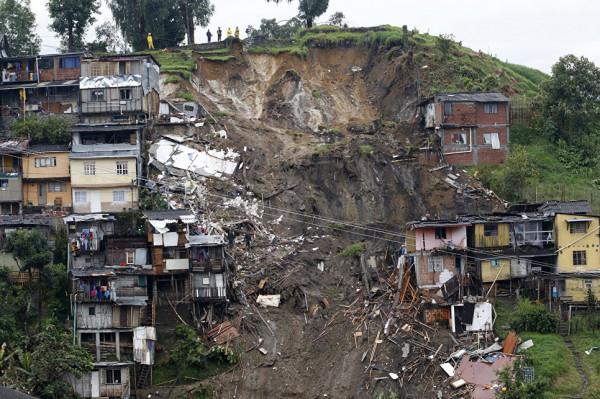 В Колумбии количество жертв оползня увеличилось до 14 человек