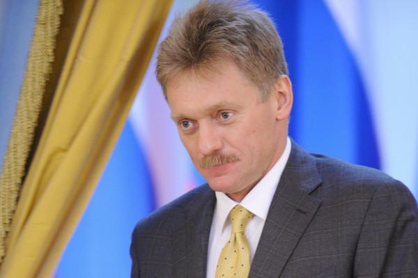 Песков дал комментарий о ролике про Навального-Гитлера
