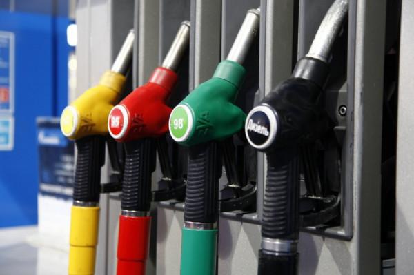Цены на бензин в России дороже чем в США