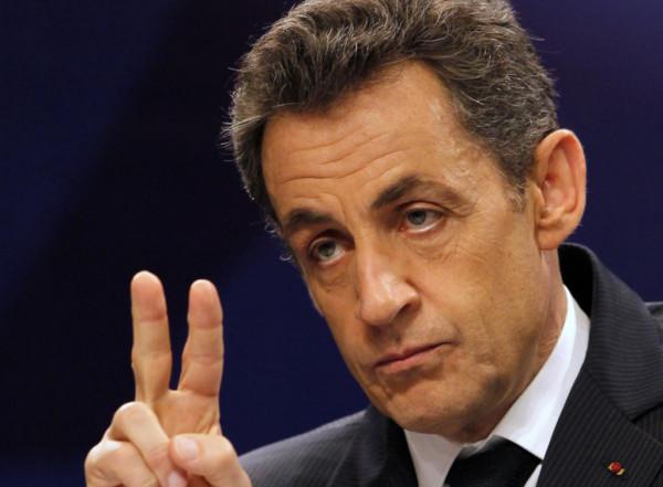 Николя Саркози призвал французов не голосовать за Марин Ле Пен