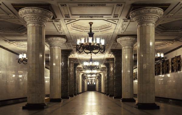 30 апреля в Санкт-Петербурге запустят ночной поезд