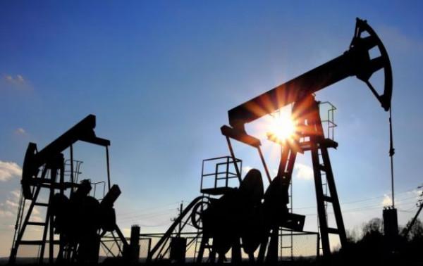 Цена на нефть Brent опустилась ниже 51 доллара