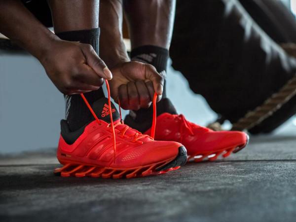 Adidas выпустит биоразлагаемые кроссовки