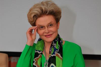Елена Малышева отказывается признавать авторство интимного селфи