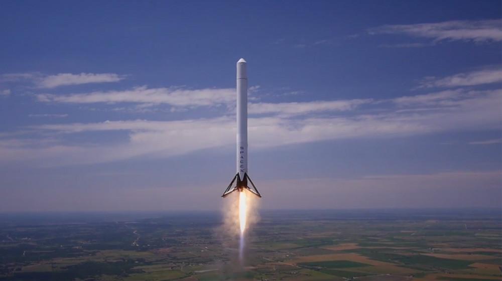 Сегодня SpaceX запустит ракету Falcon 9 своенным оборудованием наборту
