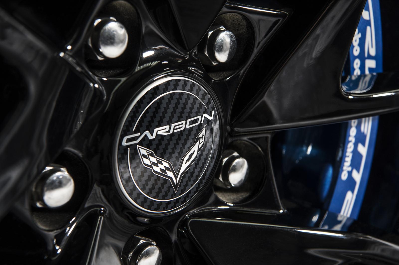 Шевроле отмечает 65-летие Corvette спецверсией за140 тыс. евро