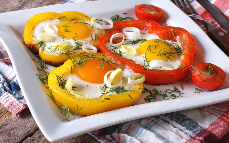 Диетологи: На завтрак нужно есть кашу из квадратной тарелки