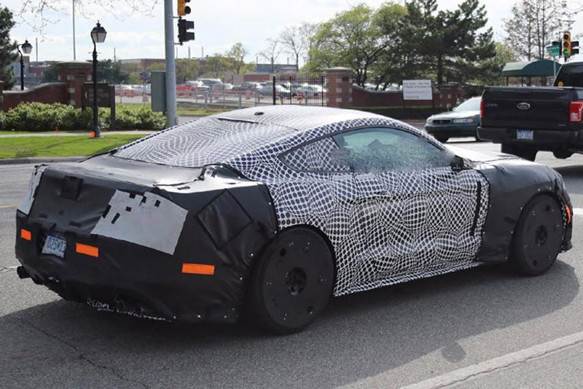 Форд засветил натестах тайный Mustang