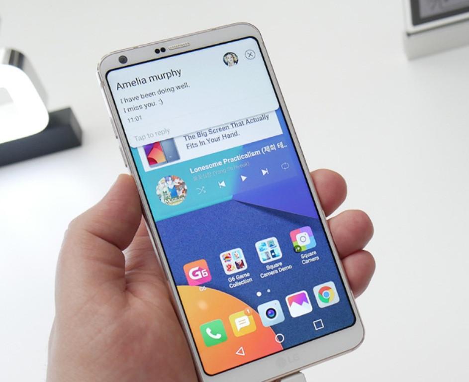 Скругленные углы Самсунг Galaxy S8 оказались его слабым местом