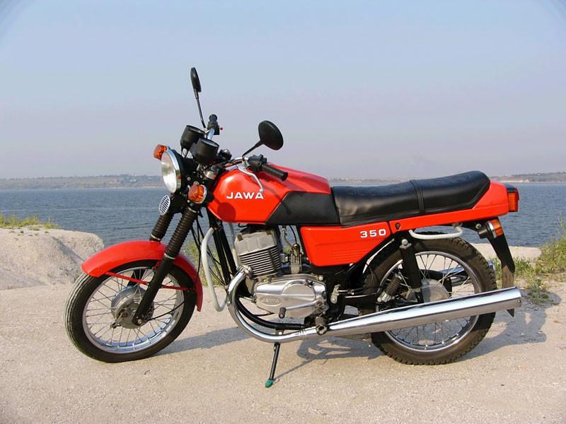 «Jawa» выпустила новейшую легенду— супермотоцикл Jawa 350 OHC