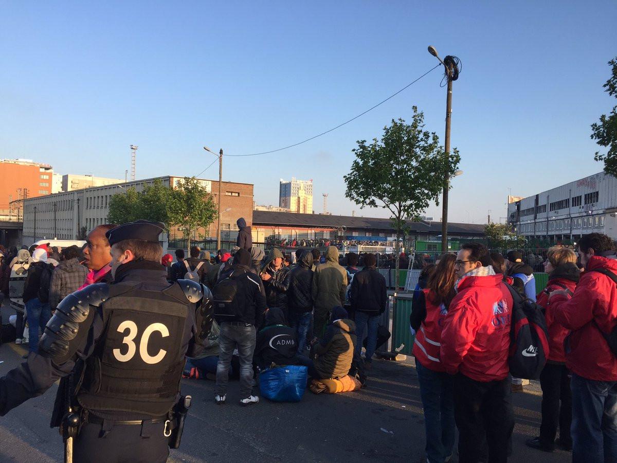 Власти Франции хотят расчистить лагерь беженцев вПариже