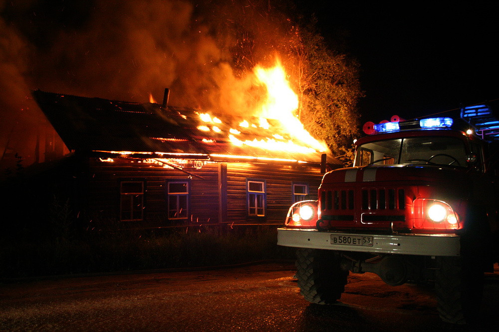 Две женщины трагически погибли впожаре вМихайловке