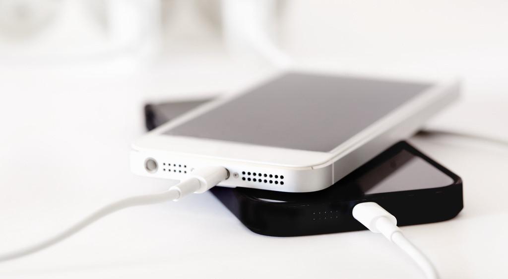 Специалисты: iPhone разряжается понескольким причинам