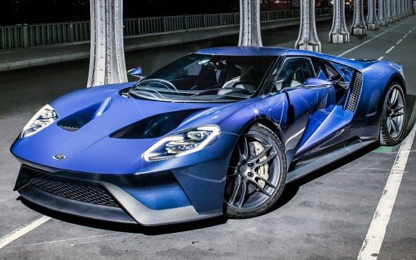 Обновленный Ford GT готовится к премьере в США