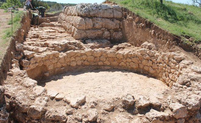 Нараскопках вСевастополе отыскали постройку III—II вв.еков донашей эры