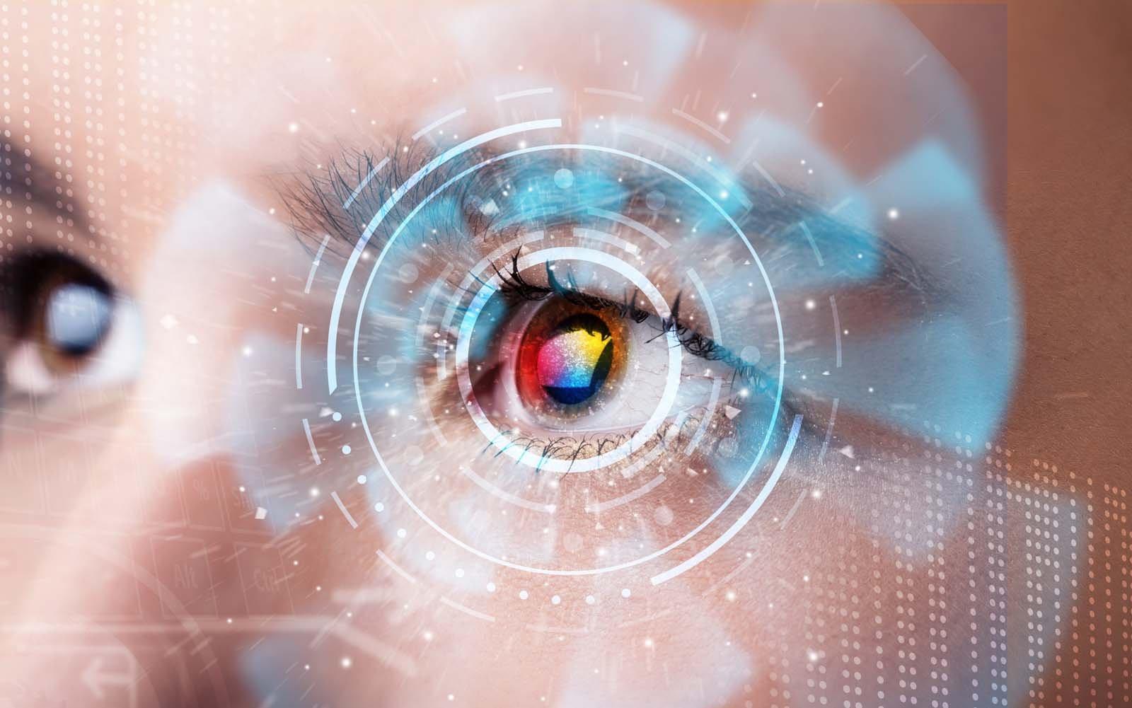Русские ученые создали уникальные лечебные контактные линзы