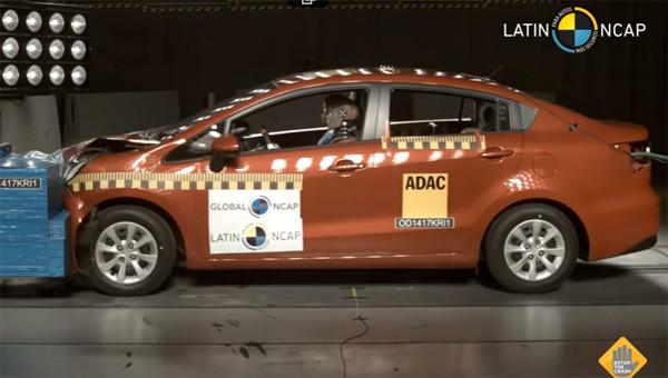 Киа Rio в простой комплектации провалил краш-тест Latin NCAP