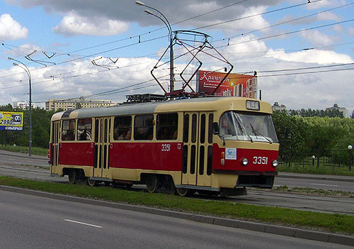 ВКазани пенсионер попал под колеса трамвая