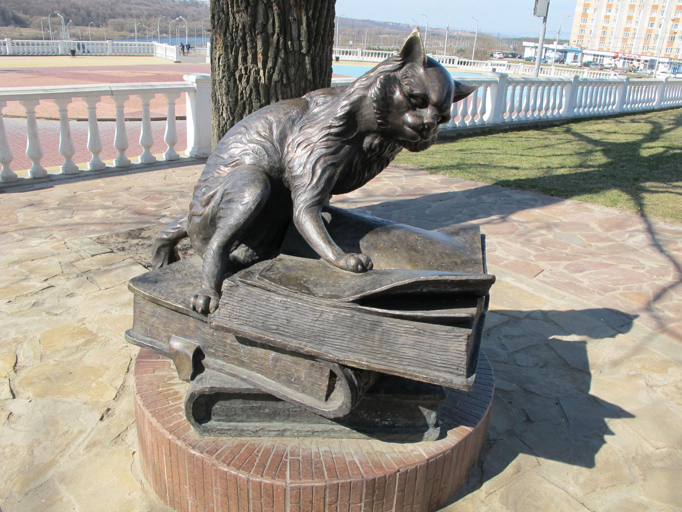 Памятник коту ярославль гранитные памятники фото и цена у них