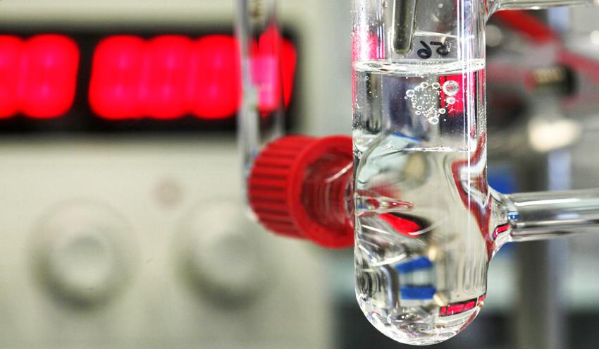 Ученые открыли простой способ расщепления воды накислород иводород