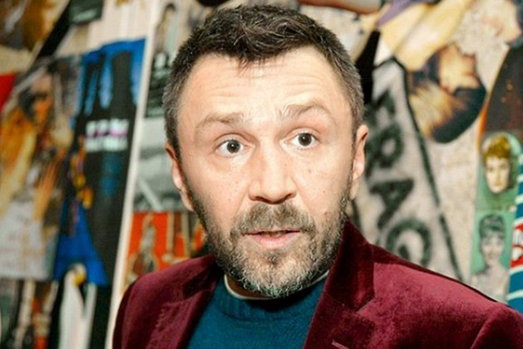 Экс-вокалистка «Ленинграда» выпустила песню про ходящих на митинги школьников