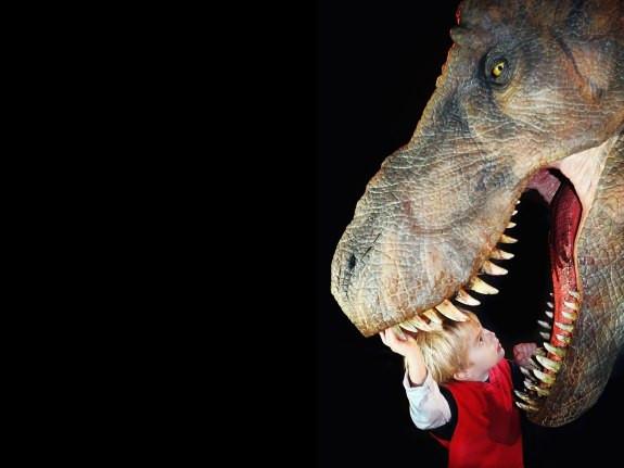 Ученые измерили силу челюсти ухищных динозавров