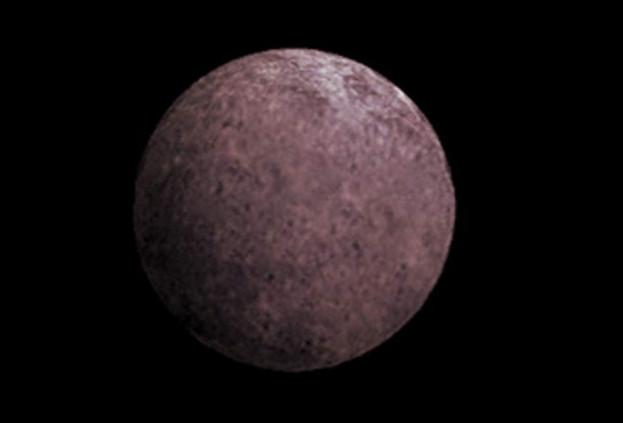 Телескоп Hubble обнаружил луну вокруг третьей по величине карликовой планеты