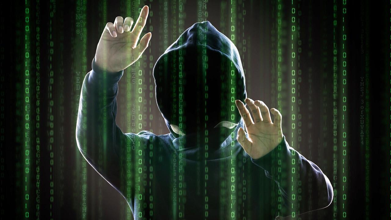 ФСБ установила создателя «Биржи информации» ипредъявила ему заочные обвинения
