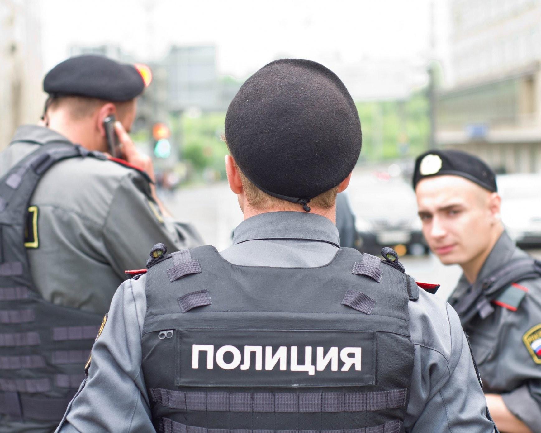 Вцентре Петербурга найден  обернутый  водеяло труп женщины