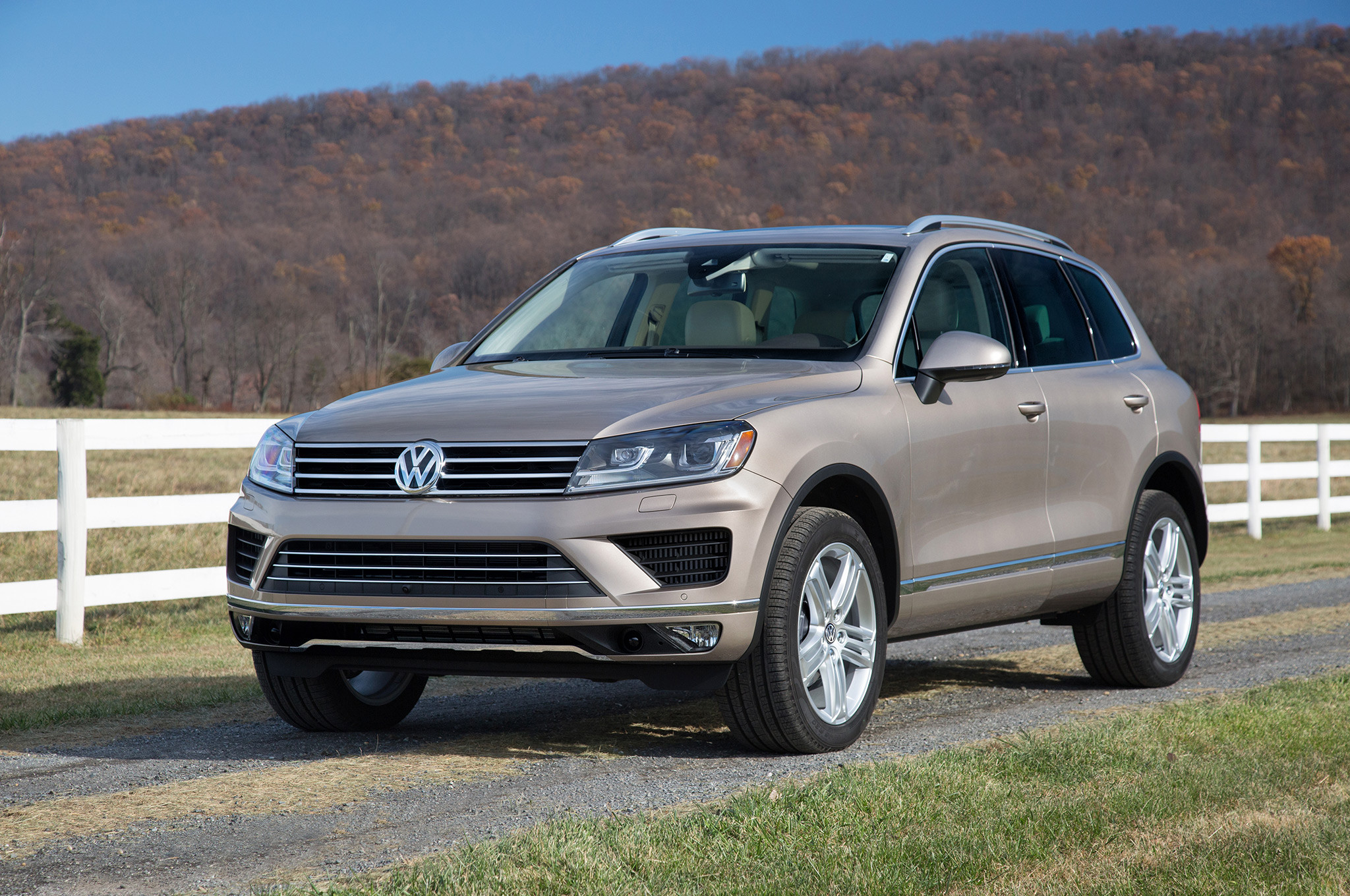 VW закончил сборку джипа Touareg вКалуге
